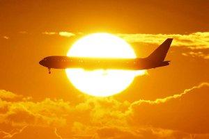 airline flight sun