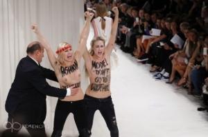 femen paris moda show 27 09 2013 3