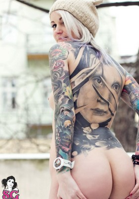 SuicideGirls.com  12