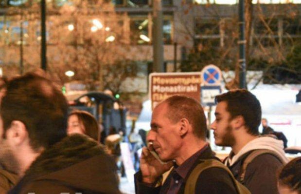 varoufakis podia syntagma 1
